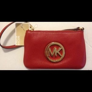 NWT MK fulton red leather wristlet!!